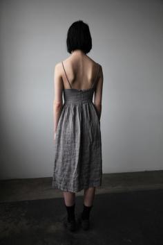 mathilde_dress_grey_ovate_2_1024x1024