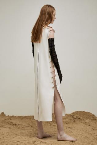yousef-akbar-white-bolt-dress-back